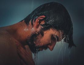 Kit para hombres: lo que no puede faltar en tu neceser